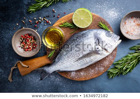 peixe · estúdio · fundo · branco · dois · frescura - foto stock © illustrart
