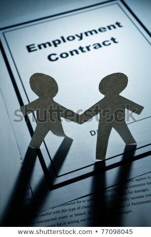 Foglalkoztatás szerződés papír lánc férfiak közelkép Stock fotó © devon