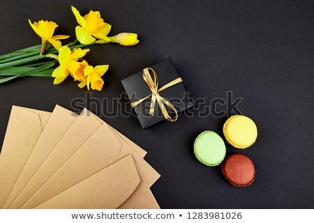 Stockfoto: Boeket · bloemen · geschenk · snoep · cake · macarons