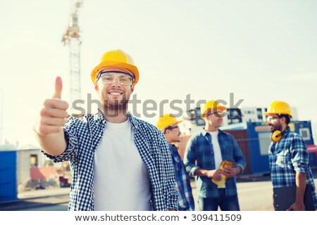 építkezés · mérnök · gesztikulál · remek · jóváhagyás · visel - stock fotó © stockyimages