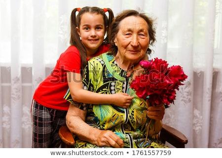 avó · ajuda · little · girl · feliz · trabalhar · criança - foto stock © hasloo