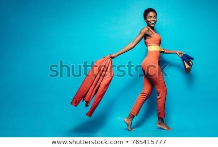 Atractivo jóvenes África moda modelo pie Foto stock © HASLOO