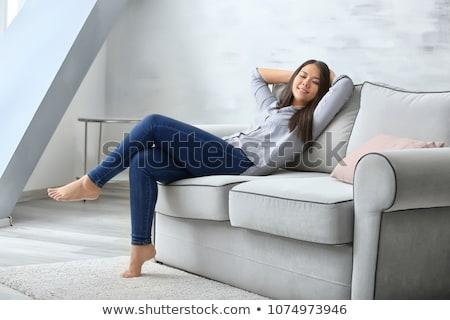 Assonnato seduta bianco femminile Foto d'archivio © wavebreak_media