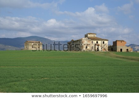 Typisch centraal europese landelijk platteland dorp Stockfoto © hraska
