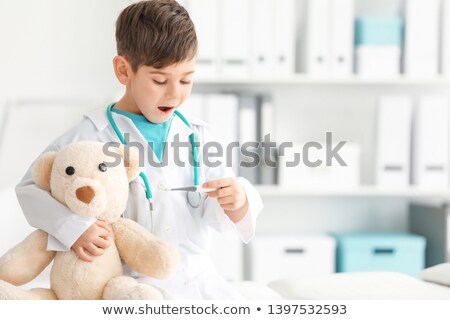médicos · médico · oxígeno · tratamiento · pequeño - foto stock © lopolo