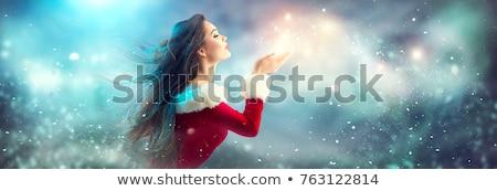 mutlu · kız · yukarı · kış · aile · kadın · doğa - stok fotoğraf © studiotrebuchet