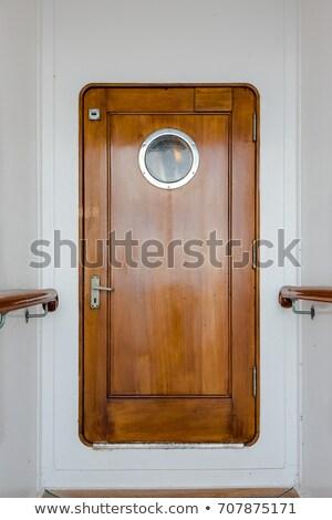 Navio de cruzeiro porta imagem branco metal espaço Foto stock © magann