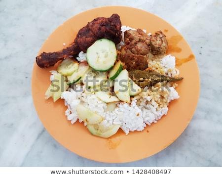 insalata · fegato · coniglio · verdure · fresche · tavolo · in · legno - foto d'archivio © doupix