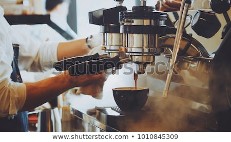 közelkép · eszpresszó · áramló · kávéfőző · profi · kávé - stock fotó © kasto