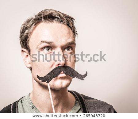 Stock fotó: Fiatalember · póló · nyakkendő · készít · vicces · vicces · arc