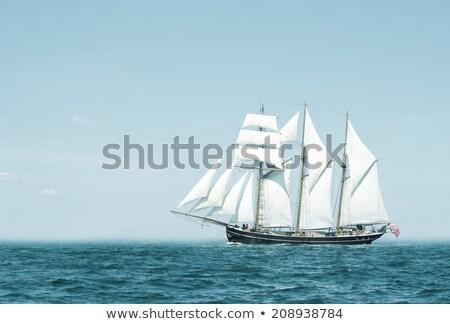 Zeilschip hemel zee oceaan boot schip Stockfoto © njaj