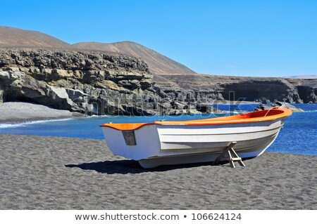 пляж · вулканический · камней · Канарские · острова · Испания · воды - Сток-фото © lunamarina
