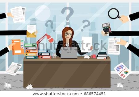 Ofis çalışanı Dosyaları ofis işadamı çalışma kütüphane Stok fotoğraf © IS2