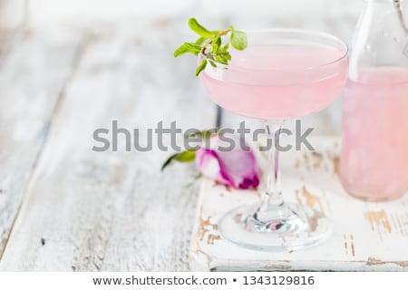 розовый космополитический напитки изолированный черный продовольствие Сток-фото © dla4