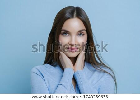 Jonge vrouw wangen rechtstreeks Stockfoto © vkstudio