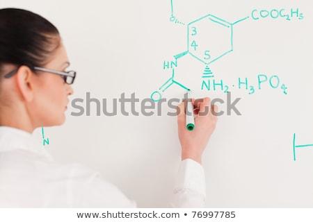vrouw · schrijven · formule · witte · lab · gezicht - stockfoto © wavebreak_media