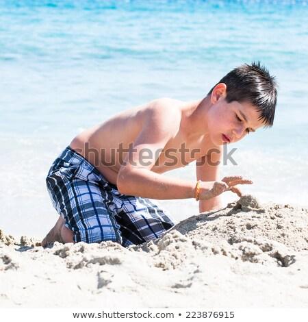pequeno · feminino · criança · retrato · praia · belo - foto stock © len44ik
