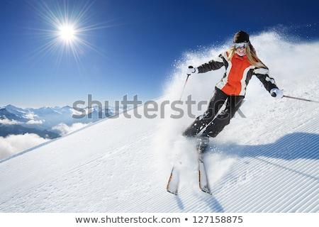 возбужденный женщину лыжник рук Альпы гор Сток-фото © kasto