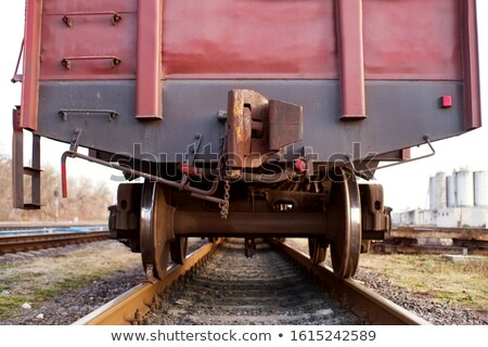 Trilho carro rodas metal em movimento Foto stock © pictureguy