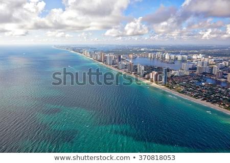 Miami · tengerpart · fű · épületek · Florida · USA - stock fotó © alexmillos