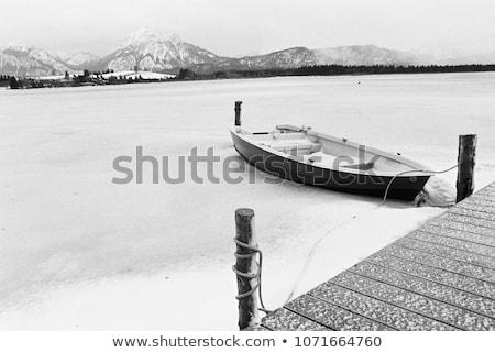 Boot bevroren rivier ijs winter Stockfoto © boggy