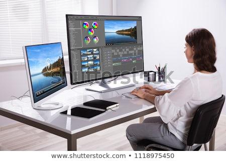 kadın · editör · çalışma · bilgisayar · fotoğrafları · kadın - stok fotoğraf © andreypopov
