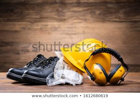 Okulary ochronne ucha biały rękawice tabeli budowy Zdjęcia stock © AndreyPopov