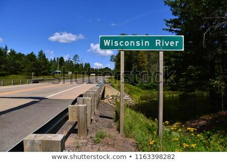 Wisconsin USA znak autostrady zielone Chmura ulicy Zdjęcia stock © kbuntu