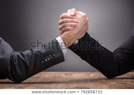 Arm worstelen twee wedstrijd vrouw paar Stockfoto © cboswell