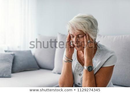 vrouw · volwassen · leeftijd · angst · geïsoleerd - stockfoto © photography33
