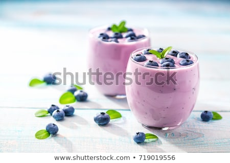 myrtille · smoothie · verre · rose · deux · tranche - photo stock © m-studio