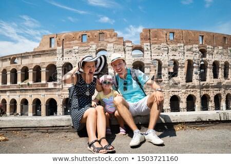 Genç anne kız oturma colosseum Roma Stok fotoğraf © AndreyPopov