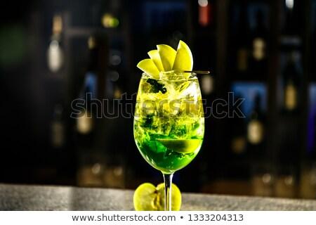 Water fles groene appel zwarte Stockfoto © Raduntsev