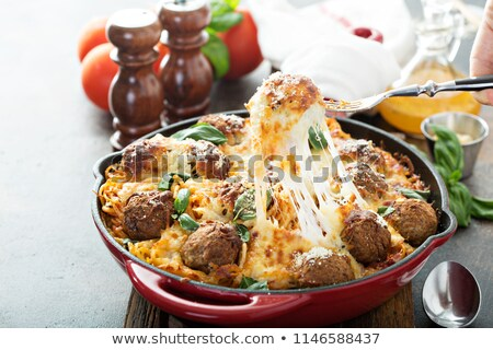 spagetti · paradicsomszósz · húsgombócok · ebéd · étel · edény - stock fotó © m-studio