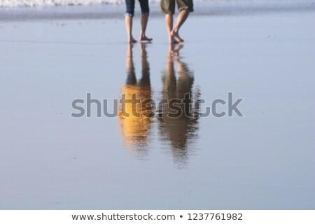 zee · zand · voetafdrukken · rand · achtergrond · woestijn - stockfoto © dash