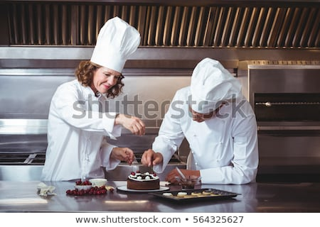 kadın · şef · kek · mutfak · otel · kadın - stok fotoğraf © wavebreak_media