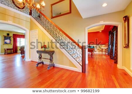 Jasne korytarzu wiśniowe liściastego schody Zdjęcia stock © iriana88w