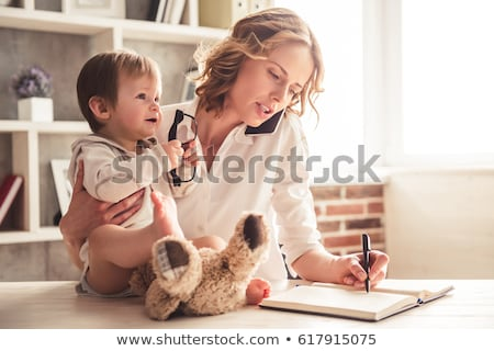 mère · température · malade · fille · maison - photo stock © wavebreak_media