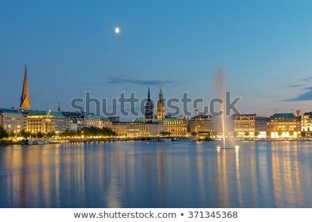 Centro hamburgo noche reloj viaje negro Foto stock © elxeneize