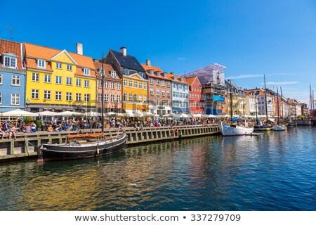 Csatorna Koppenhága napos idő Dánia ház kék Stock fotó © fisfra