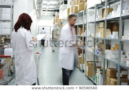 medicina · magazzino · interni · scienza · bottiglia · laboratorio - foto d'archivio © zurijeta