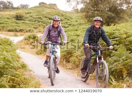 Starszy para rowerowe kraju kobieta człowiek Zdjęcia stock © IS2