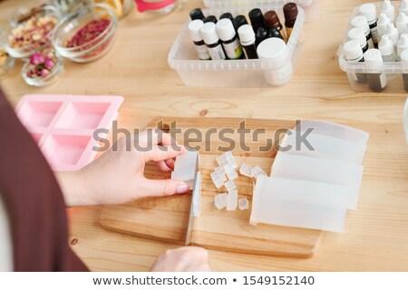 Mãos mulher branco sabão massa Foto stock © pressmaster