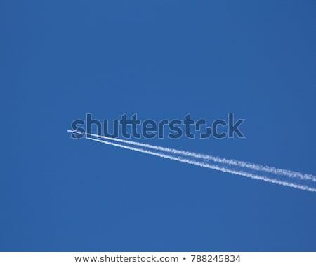 asa · avião · voador · acima · nuvens · blue · sky - foto stock © meinzahn