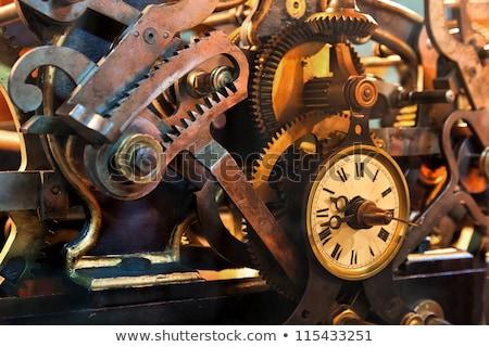 Wnętrza mechanizm zegar oglądać selektywne focus mosiądz Zdjęcia stock © Giulio_Fornasar