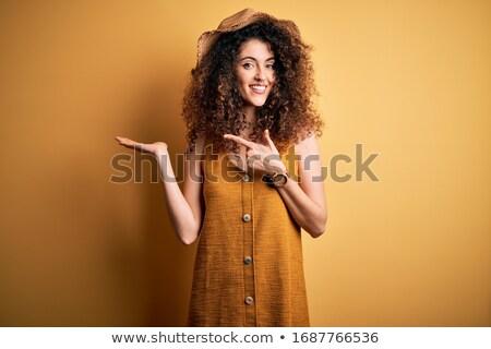 Portre şaşırtıcı güzel esmer kadın Stok fotoğraf © dashapetrenko
