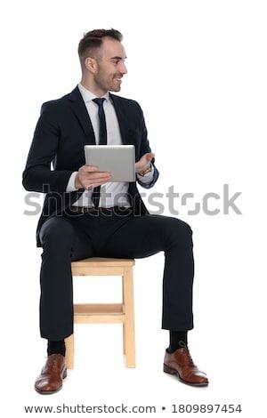 Stockfoto: Glimlachend · zakenman · tonen · scherm · tablet