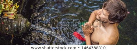 Man heilig voorjaar water tempel bali Stockfoto © galitskaya