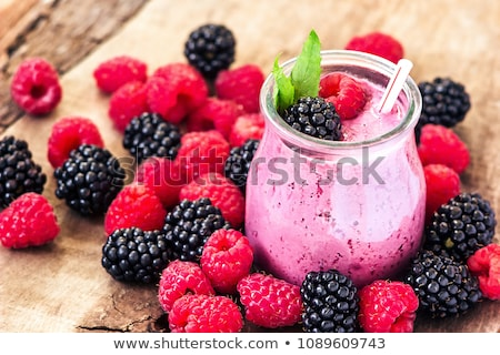 smoothie · fekete · ribiszke · csészék · asztal · étel - stock fotó © mady70