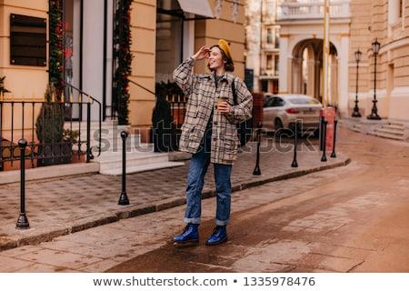 Encantador moda femenino abrigo hermosa joven Foto stock © tekso